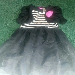 A girls dress outfit.